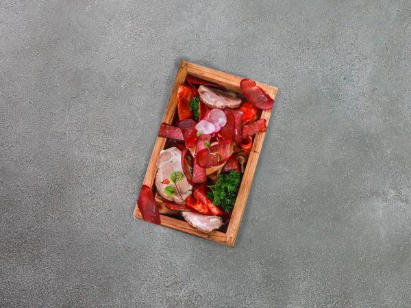 Доска мясных деликатесов